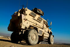 Tsjechische pantserwagen in Afghanistan stock foto