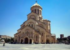 Tsminda Sameba è la cattedrale ortodossa georgiana principale immagini stock libere da diritti