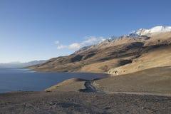 TSO Moriri, bello lago scenico in Ladakh fotografie stock libere da diritti