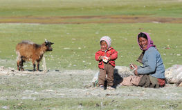 Tso Moriri nomadic mother and child Stock Photos