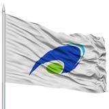 Tsu Mie Capital City Flag sull'asta della bandiera, volante nel vento, isolato su fondo bianco Fotografia Stock