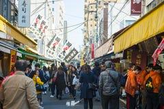 Tsukiji-Markt - Japan, am 24. Februar 2016:: frische Meeresfrüchte für Lizenzfreie Stockfotografie