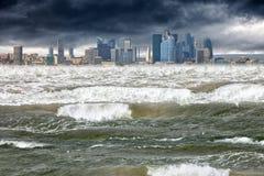 Tsunami apocalíptico da cena fotos de stock