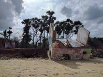 Tsunami och Auroville Arkivfoton