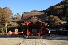 Tsurugaoka Hachimangu寺庙舞厅  图库摄影