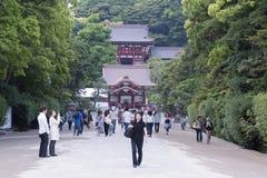 Tsurugaoka Schrein, Kamakura Stockfotos