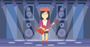 tät elektrisk gitarrmusiker som leker upp Arkivfoto