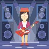 tät elektrisk gitarrmusiker som leker upp Royaltyfri Bild