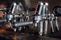 Ttraditional-Espresso-Kaffee-Maschine Lizenzfreie Stockbilder