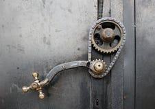 tätt dörrhandtag som skjutas upp Fotografering för Bildbyråer