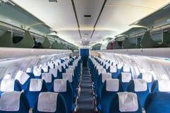 TU 154平面BELAVIA的沙龙乘客座位内部  酸碱度 库存图片
