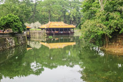 Tu Duc Tomb nära ton, Vietnam Royaltyfri Foto
