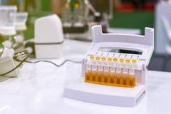 Tube multi de collection témoin pour la nourriture biomédicale et la boisson de médecine chimique industrielle de biochimie - cos photos stock