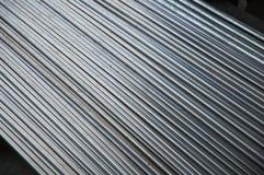Tubería de acero inoxidable en fábrica Imagen de archivo libre de regalías