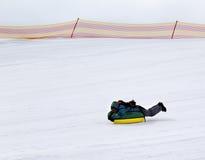 Tubería de la nieve en estación de esquí Imagen de archivo libre de regalías