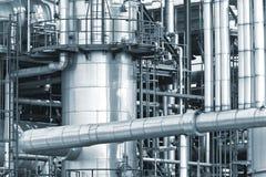 Tubería de la refinería Imagen de archivo libre de regalías