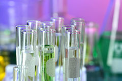 Tubes à essai dans le laboratoire Photos stock