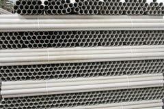 Tubes de carton d'une usine de papier Images stock