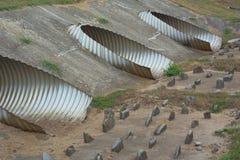Tubi del metallo per controllo delle acque Fotografia Stock Libera da Diritti
