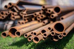 Tubi del metallo per industria pesante Fotografie Stock Libere da Diritti