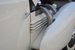 Tubi di scarico esposti dell'automobile Immagine Stock
