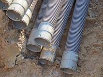 Tubi utilizzati per porre i condotti di elettricità fotografia stock libera da diritti