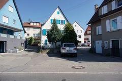 TUBINGEN/GERMANY-JULY 31 2018: Domowi budynki i drogi woko?o miasta Tubingen Niekt?re budynk?w spojrzenie wci?? utrzymuje klasyka zdjęcie royalty free