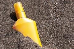 Tubka z słońce ochroną Fotografia Royalty Free