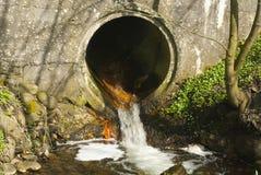 Tubo de las aguas residuales Foto de archivo libre de regalías