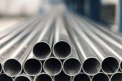 Tubo del inox del metal en pila Imagen de archivo