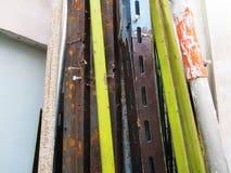 Tubo del metallo e fondo dello strumento fotografia stock libera da diritti