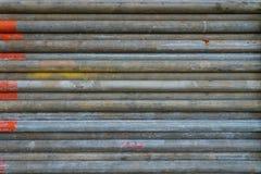 Tubo del ponteggiatore con il codice colore arancio della pittura all'indicato a questa ispezionata e pronta per l'uso fotografia stock