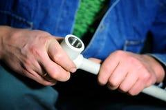 Tubo di plastica dell'impianto idraulico immagine stock