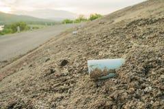 Tubo di scarico sul muro di cemento Fotografie Stock Libere da Diritti