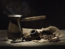 Tubo e caffè Immagini Stock