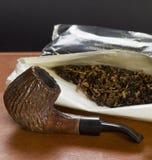 Tubo e tabacco Fotografia Stock Libera da Diritti