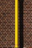 Tubo giallo immagini stock