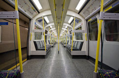 Tubo sotterraneo di Londra all'interno Fotografie Stock