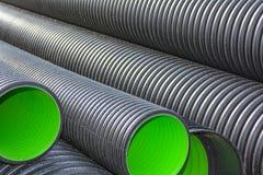 Tubos acanalados grandes del PVC para el drenaje Fotografía de archivo libre de regalías