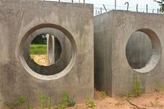 Tubos concretos del drenaje Foto de archivo libre de regalías
