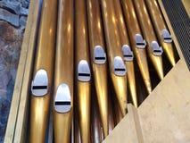 Tubos de órgano de la iglesia Foto de archivo libre de regalías