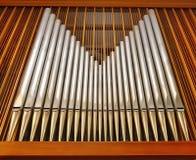 Tubos de órgano en el teatro de variedades (iglesia) Foto de archivo