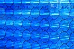 Tubos de acrílico abstractos azules Fotos de archivo libres de regalías