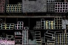 Tubos de alumínio expulsos do metal Fotos de Stock Royalty Free