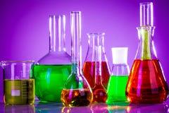 Tubos de ensaio com líquidos coloridos Imagens de Stock