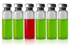 Tubos de ensaio da medicina em seguido imagem de stock
