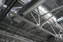 Tubos de la ventilación en la tienda de la fábrica Foto de archivo libre de regalías