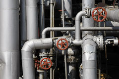 Tubos de petróleo y de gas fotografía de archivo