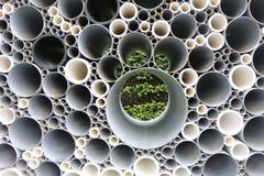 Tubos del PVC empilados en emplazamiento de la obra Fotografía de archivo libre de regalías