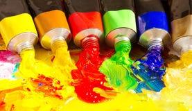 Tubos multicolores de la pintura Imagen de archivo